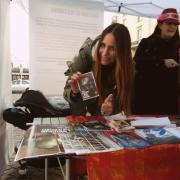 Eccoci con Kris Reichert che firma la nostra cartolina contro le pellicce