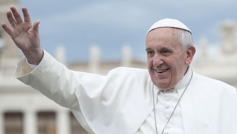 La Benedizione di Papa Francesco ai cani del canile romano Parrelli,affidati alla LAV