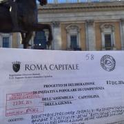 In Campidoglio per presentate le firme contro le Botticelle Romane.