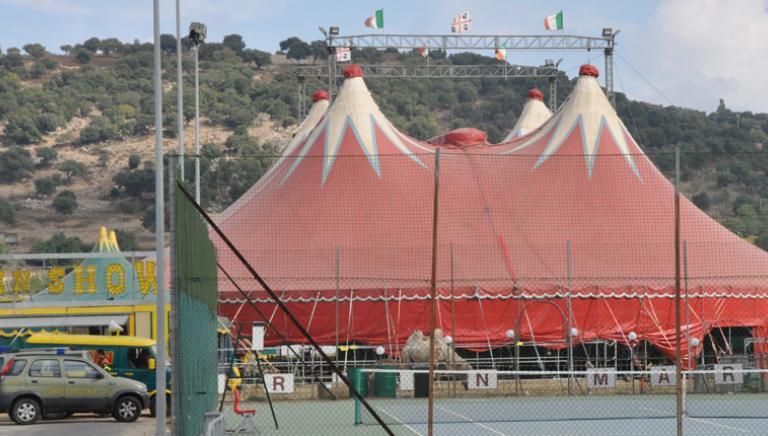 """Operazione """"Golden Circus"""":circensi e sfruttamento immigrazione clandestina"""