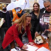 La Senatrice Manuela Repetti firma la petizione LAV