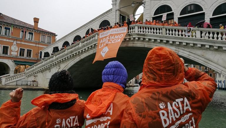 #BASTASPARARE: abbiamo manifestato a Venezia contro la caccia