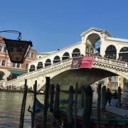 I nostri volontari di Venezia sul Ponte di Rialto!