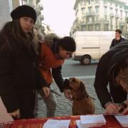 Si firma al tavolo di Milano!