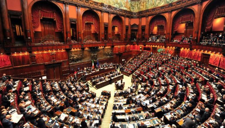 Camera approva impegni Governo su diritti animali e Semestre Presidenza UE