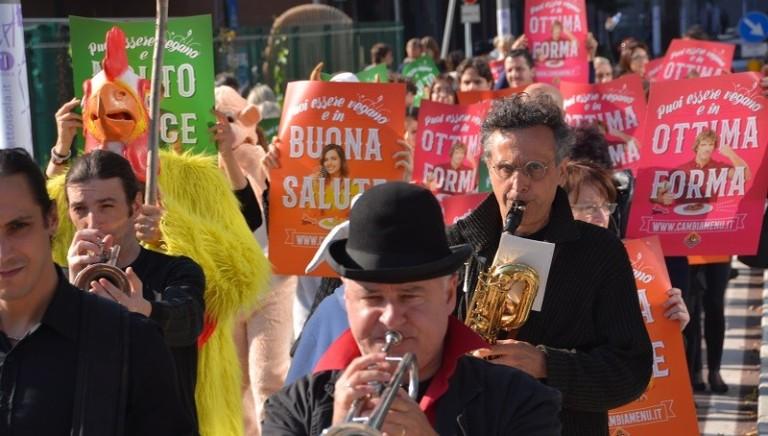 Un flash mob per celebrare il World Vegan Day dopo i nostri eventi EXPO