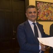 Firma Protocollo LAV/MIUR: Vito De Filippo, Sottosegretario MIUR e Gianluca Felicetti, Presidente LAV
