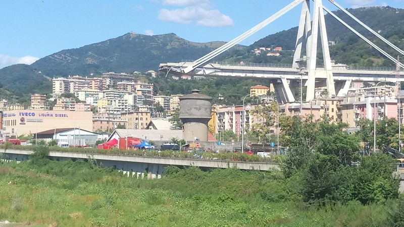 Crollo del Viadotto a Genova, vicini a tutte le vittime