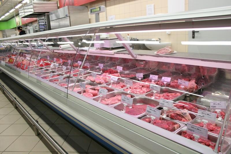Le contraddizioni della carne tra salute, animali, ambiente e... pubblicità