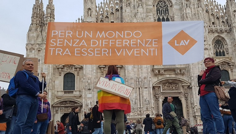 "LAV a ""People"": per un mondo senza differenze tra esseri viventi"
