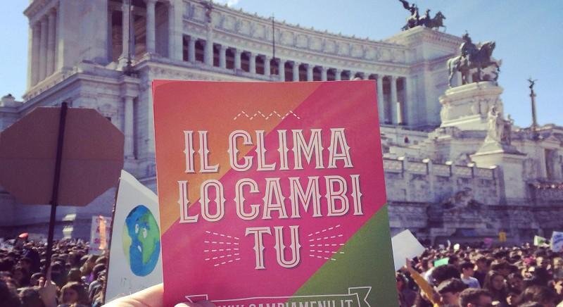 LAV in 20 città per il #CLIMATESTRIKE: il clima lo cambi tu, Cambiamenu!
