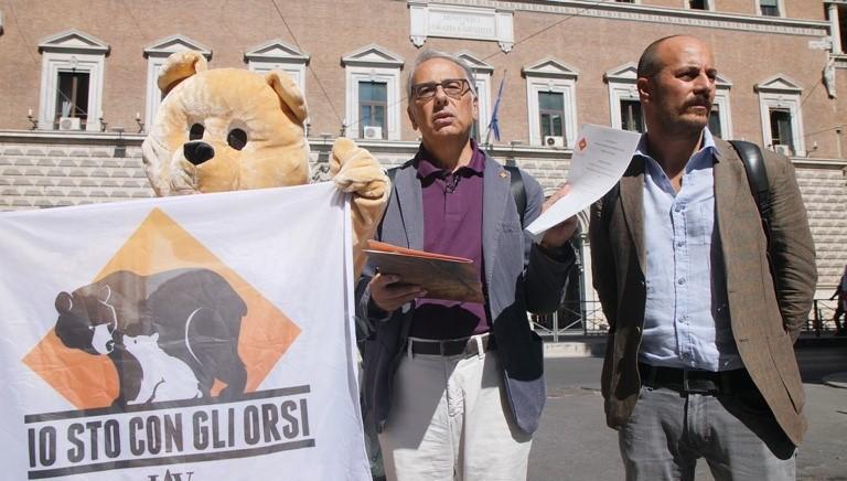 M49, abbiamo presentato richiesta di grazia: Presidente Mattarella lo salvi!