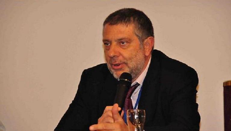 """Lanciamo il Premio Maurizio Santoloci: """"Nuove ricerche per i diritti animali"""""""