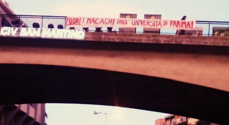 Uno striscione a Parma