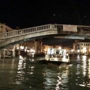 Uno striscione a Venezia
