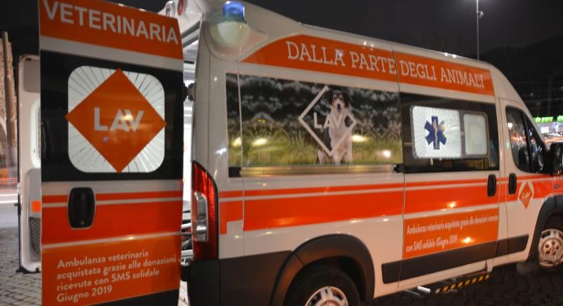 Inaugurata grazie alle vostre donazioni la prima ambulanza LAV
