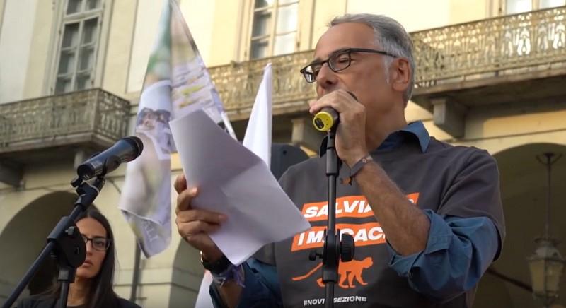 Gianluca Felicetti, Presidente LAV, durante una manifestazione per i macachi di Torino