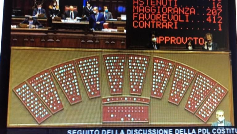 Animali e ambiente nella Costituzione italiana: secondo Si del Parlamento!