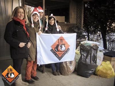 27 dicembre 2013 - Consegnate le coperte al canile di Lauriano