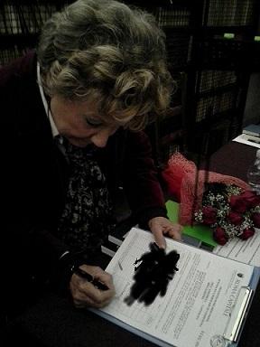 Abolizione Botticelle: la firma di Dacia Maraini. Gli ultimi tavoli LAV Roma Sabato 21 e Domenica 22!