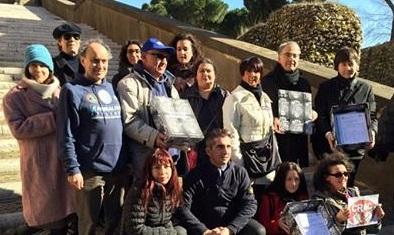 Abolizione Botticelle: consegnate stamane le firme. Grande soddisfazione del Comitato Promotore