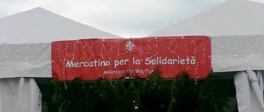 Mercatino di solidarietà a Firenze